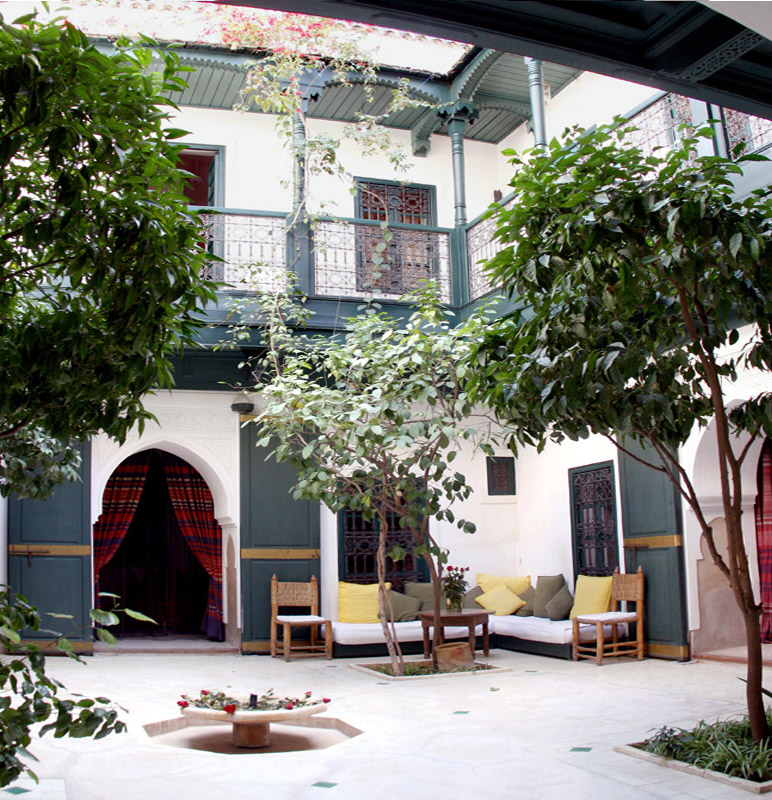 Le patio du riad jmya de marrakech - Maison marocaine avec patio ...